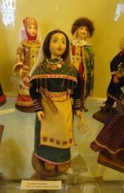 Кукла в карельском национальном костюме