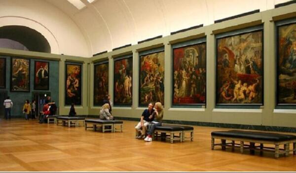 Зал Марии Медичи в Лувре