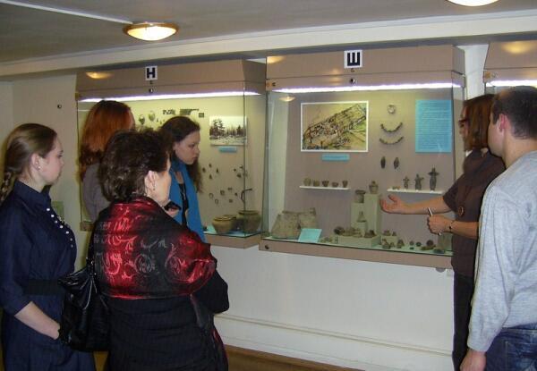 Экспозиция по дьяковской культуре в Музее археологии Москвы