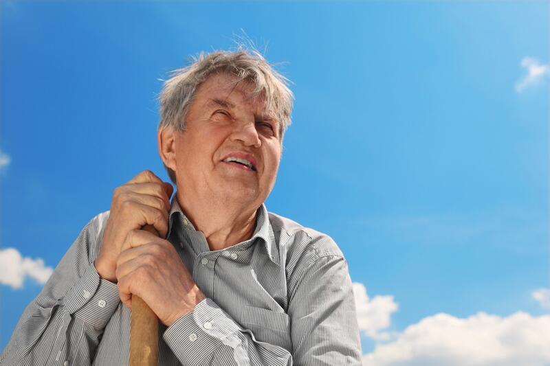 «Штариков» на пенсию пускают? Размышления о продлении молодости сверху