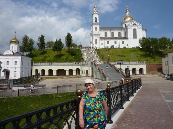 Вид на  Свято- Успенский  кафедральный собор