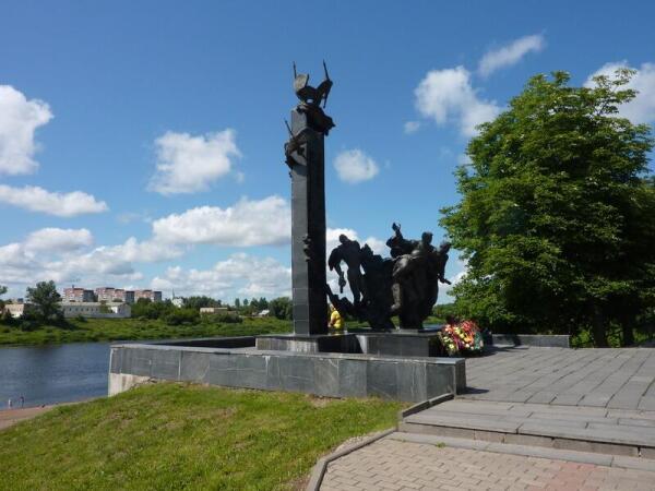 Памятник 23-м воинам-гвардейцам