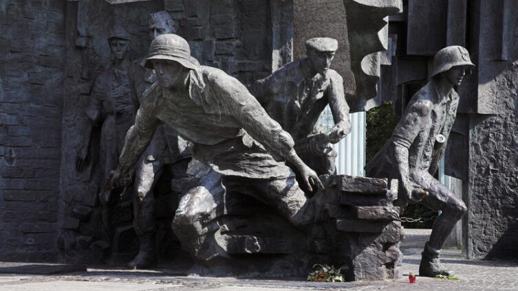 Какого подразделения Армии Крайовой не было и никогда не будет ни в одной армии мира?