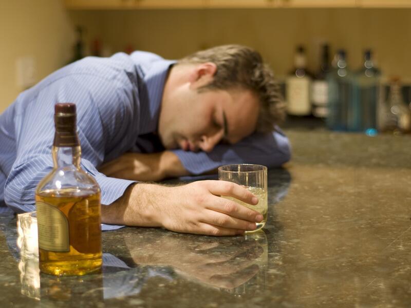 Жизнь женщин алкоголиков в возрасте и их секс