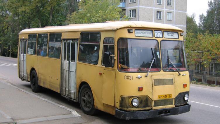 Совесть - лучший контролер? Как идеалы коммунизма не прижились в советском народе (на примере общественного транспорта)