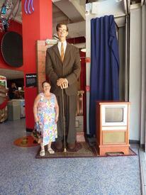 Самый высокий мужчина в музее книги Гиннеса - рост 2 м72 см