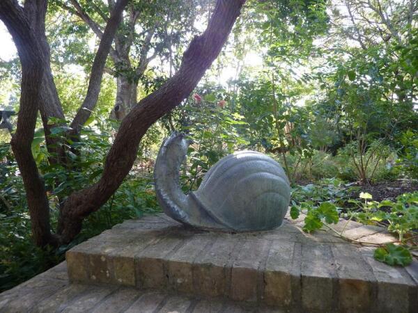 Улитка в Сенсорном саду