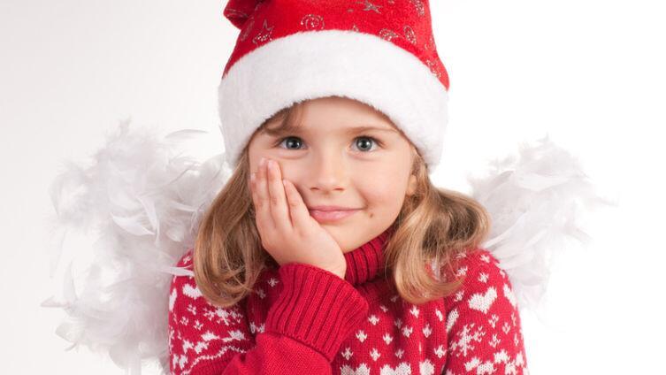 Это детям не дарить, или Чему не место под новогодней елочкой?