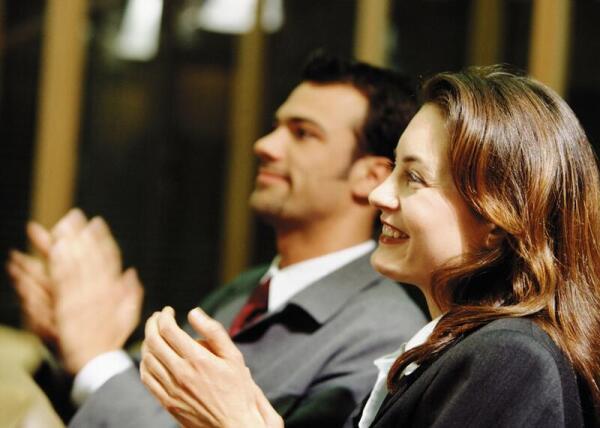 Как не дать уснуть аудитории? Секреты ораторского искусства