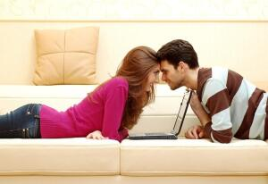 Зачем нужен интернет-магазин, или Что можно купить, лежа на диване?