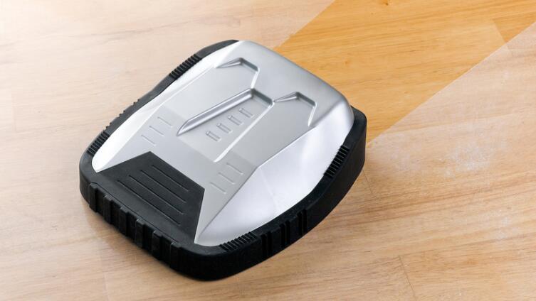 Робот-пылесос. Игрушка или помощник по хозяйству?