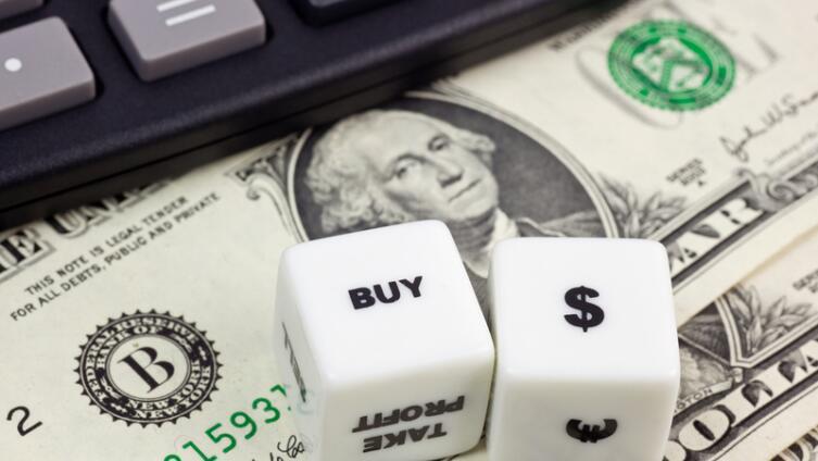 В чем отличие между фондовым и валютным рынками?