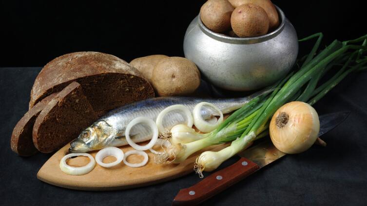 Как приготовить зразы с начинкой из сельди?