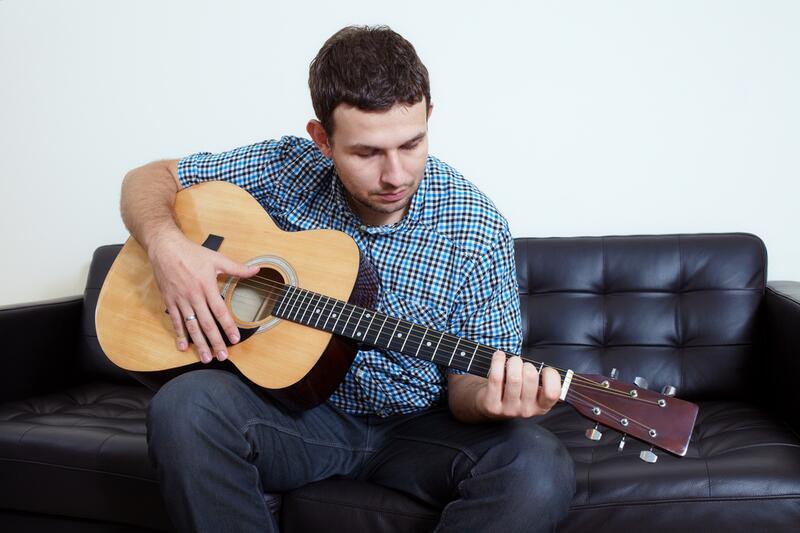 Ինչպես առանց նոտաներն իմանալու արագ սովորել նվագել կիթառի վրա.Տեսանյութ
