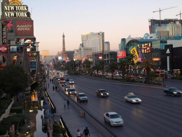 Главная улица Лас-Вегаса, знаменитая Strip