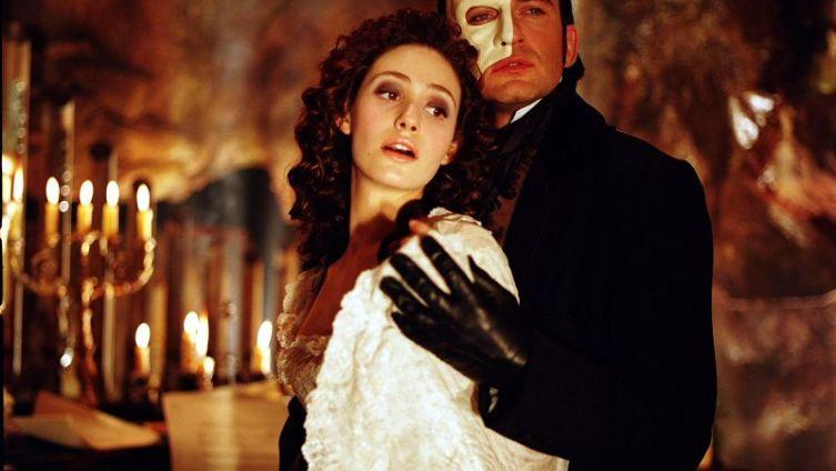 Эмми Россам (Кристина) и Джеральд Батлер (Призрак) в к/ф 2004 г.