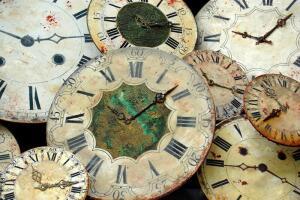Зачем переводить часы, если время не остановить?