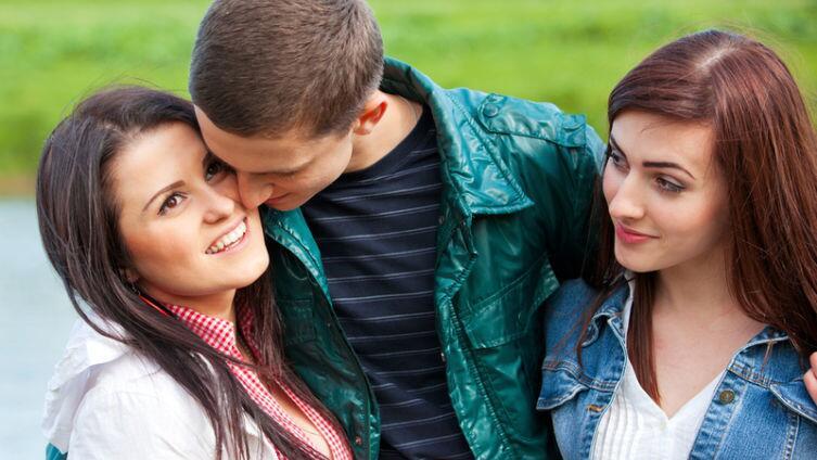От чего зависит ревность у взрослых?
