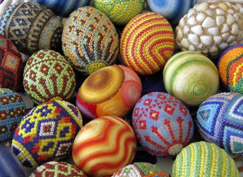 Яйцо из бисера как сделать подарок к