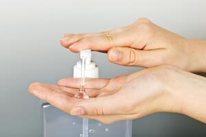 Как правильно использовать антибактериальное мыло?