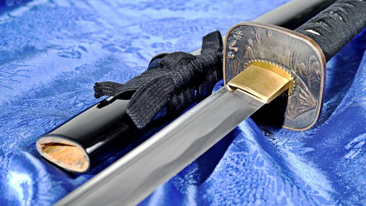 Из чего складывается красота японского меча? Раскладывем нераскладываемое...