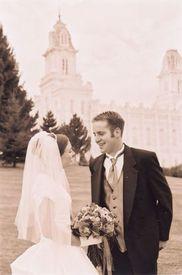 Супруги-мормоны после обряда «запечатывания» на вечность