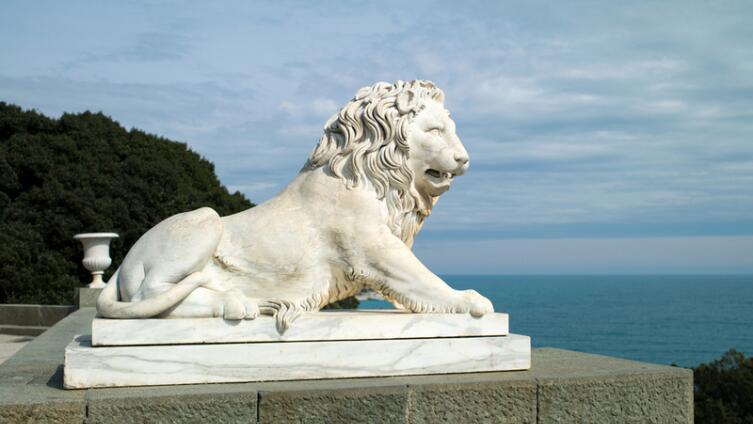Скульптура льва от Leokadia
