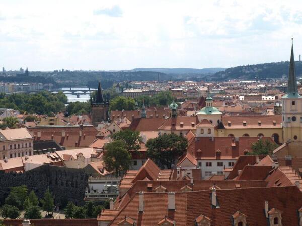 Вид на Прагу из Пражского Града
