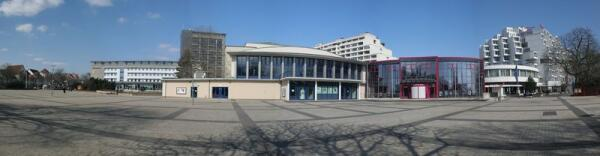 Новая ратуша в Хамельне, где храниться документ о полном истреблении крыс в городе