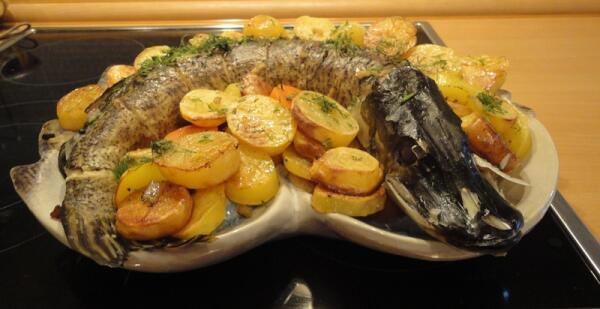 Собравшиеся за столом по достоинству оценят и само блюдо, и ваше кулинарное умение
