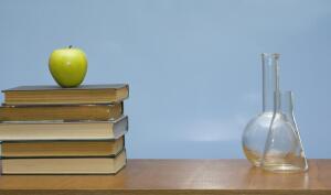 В День химика. Ученые без вузовских дипломов: возможно ли?