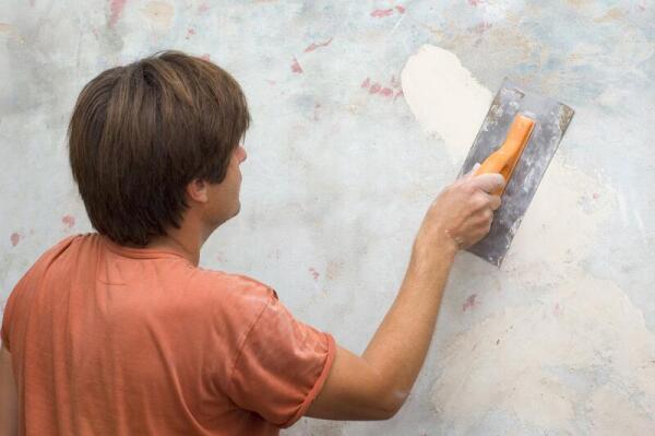Как штукатурить стены?