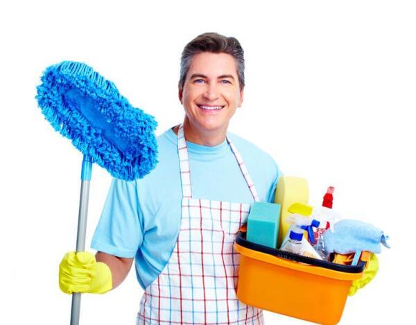 Домохозяин: удел «ненастоящего» мужчины?