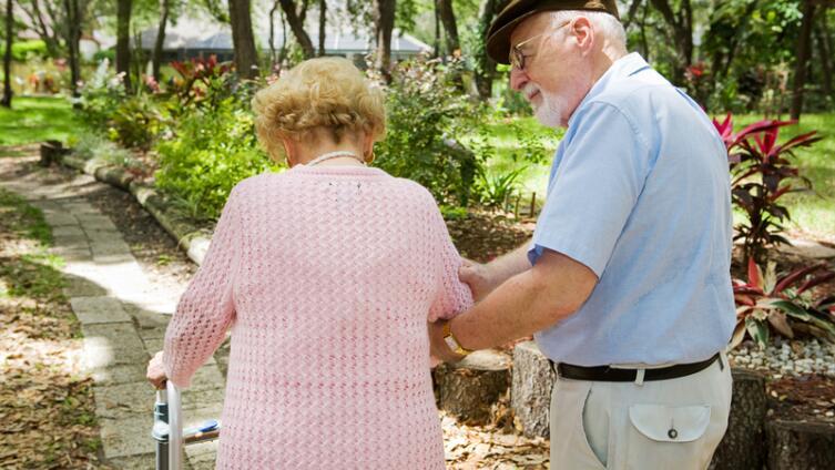 Болезнь Альцгеймера... Как быть?