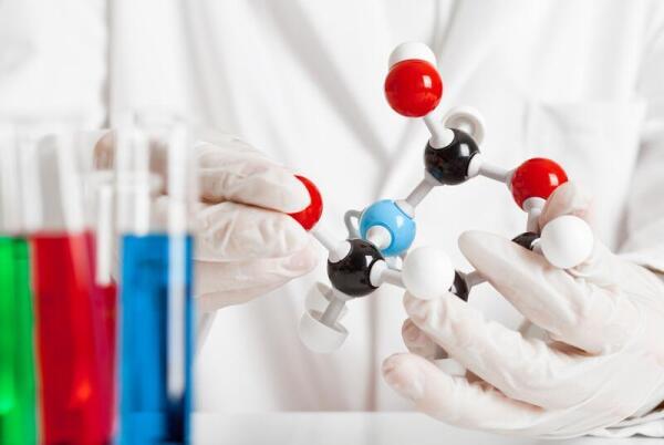 Возможна ли долгая жизнь свободной частицы в несвободной материи? Физическая органическая химия.
