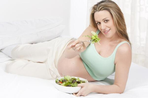 Что нельзя есть беременным?