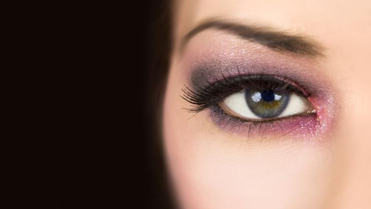 Как сделать макияж в стиле «Smokey eyes»?