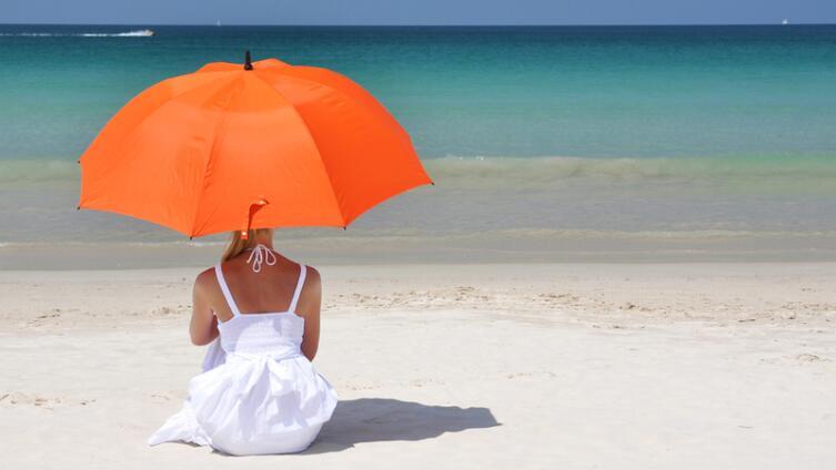 Почему одни люди отдыхают летом, а другие там, где лето?