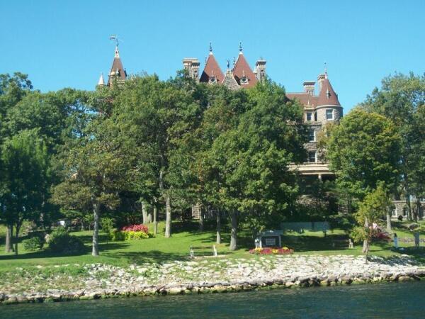 Замок Больдта (Boldt Castle)