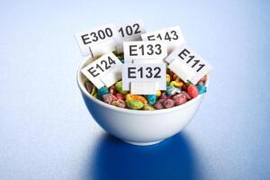 Что скрывают в себе пищевые добавки?