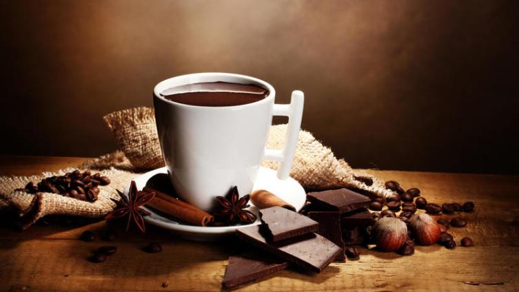 Вечная борьба с лишним весом. А полезен ли шоколад?