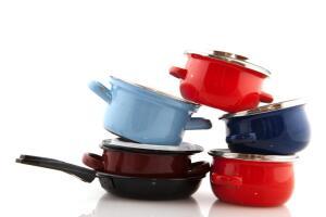 Как очистить нагар на сковороде?