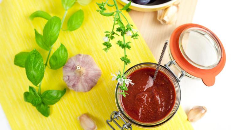 Вечная борьба с лишним весом. А вы любите соусы?