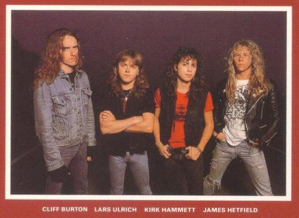 METALLICA образца 1986 г. Слева направо: Клифф Бёртон (бас), Ларс Ульрих (ударные), Кирк Хэммет (соло-гитара) и Джеймс Хэтфилд (гитара, вокал)