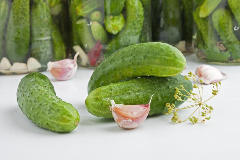 Как засолить огурцы, чтобы были вкусными, крепкими и хрустящими?