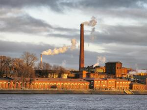 Почему отменили фабричные и заводские гудки?