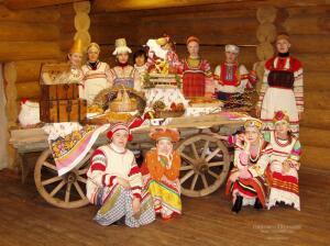 Что такое фольклорная песня и осталась ли она где-нибудь, кроме Москвы и Питера?
