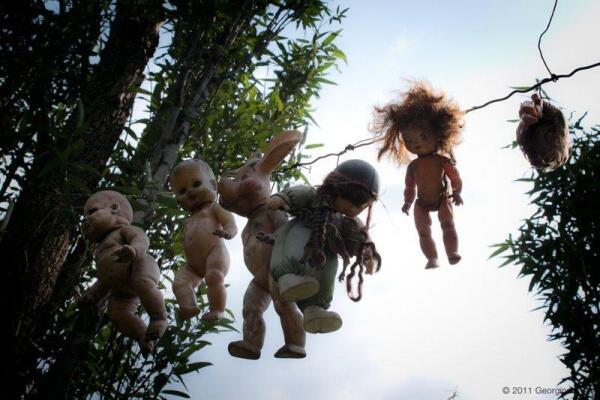 Где живут старые куклы?