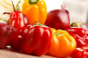 Овощи со своего огорода всегда лучше магазинных!