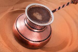 Как варить кофе на песке?